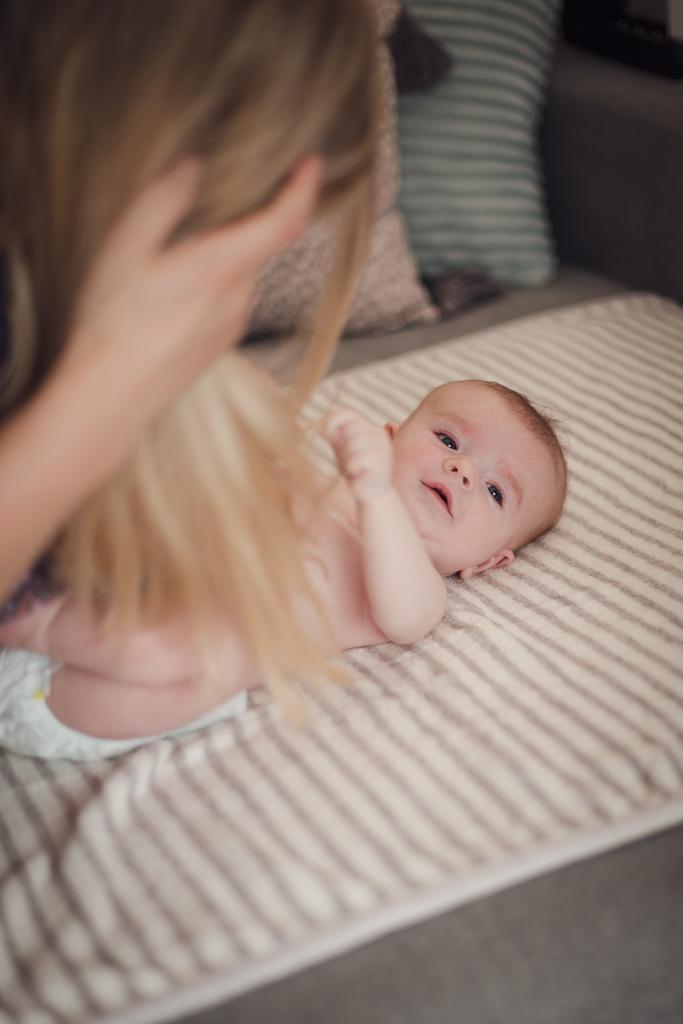 Leżące niemowlę