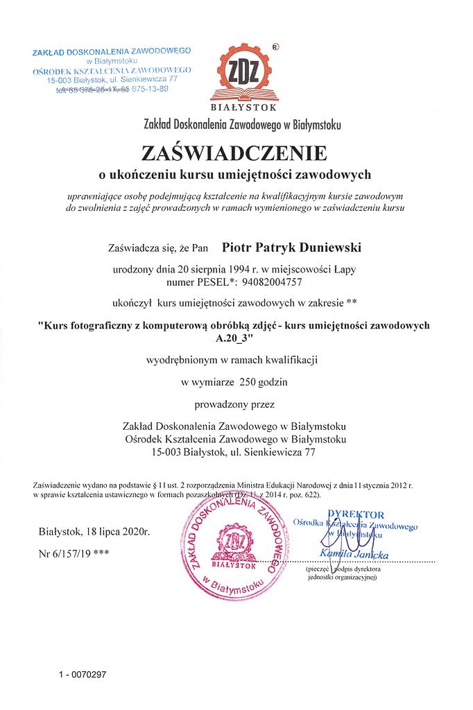 Zaświadczenie - Piotr Duniewski